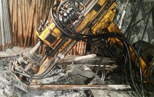 黄海机械坑道钻施工视频
